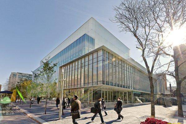 2021 Ted Rogers School Entrance Scholarships at Ryerson University, Canada