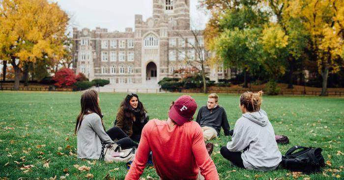 2021 International Scholarship at Fordham University, USA