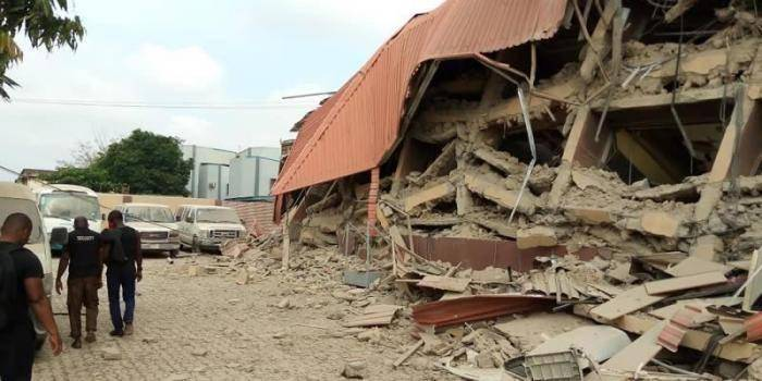 No Compromise on Building Plan, Collapsed School Director Maintains