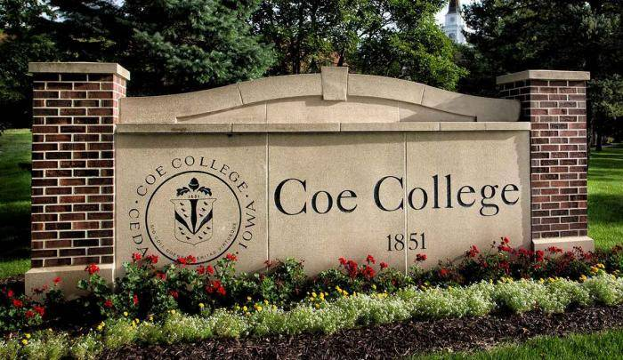 Global Leadership Full-Tuition Scholarships 2021 at Coe College – USA