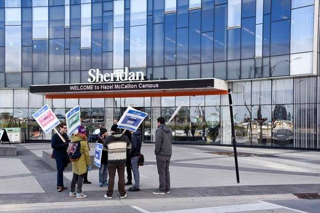 International Leadership Award at Sheridan College - Canada 2020