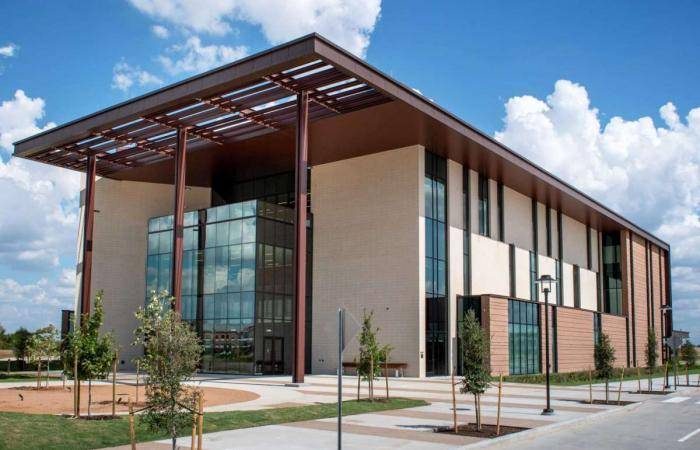 2021 International Scholarships at C.T. Bauer College of Business - USA
