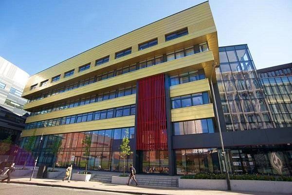 25 Deans Excellence International Awards At Strathclyde Business School - UK 2020