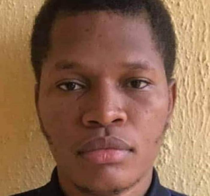 UNIBEN student awarded full scholarship for returning a missing wallet