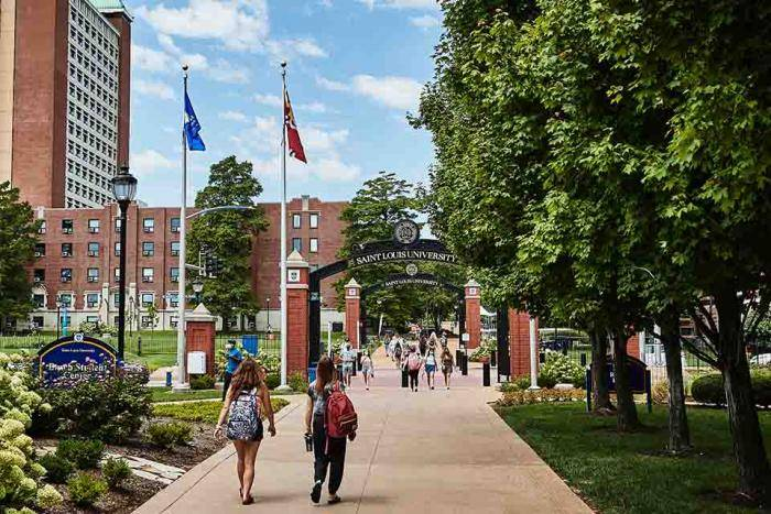LL.M. in American Law Scholarships at Saint Louis University – USA, 2021
