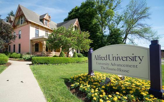 International Scholarships at Alfred University, USA - 2021