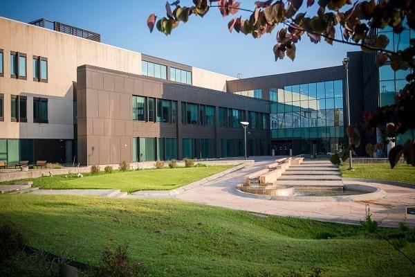 Hawk Scholarships at University of Houston-Clear Lake, USA - 2021