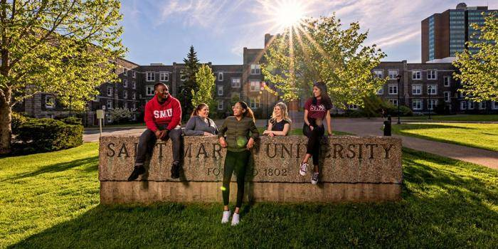 Presidential International Baccalaureate Scholarships 2021 at Saint Mary's University, Canada