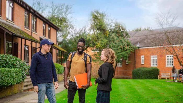 2021 Money, Banking, & Central Banking International Scholarships at University of Buckingham – UK