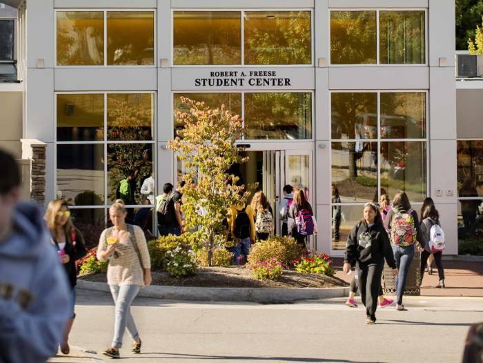 2021 Li Xu Scholarships for International Students at Southern New Hampshire University, USA