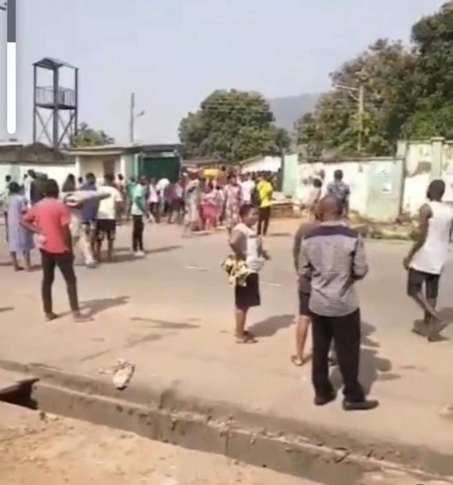 Hoodlums Loot NYSC Orientation Camp in Abuja (video)