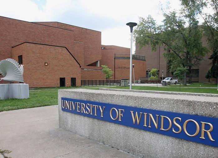 Students' Alliance International Student Leader Scholarships at University of Windsor – Canada, 2021
