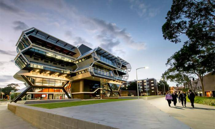 2019 Monash University John Swan Honours International Scholarships - Australia
