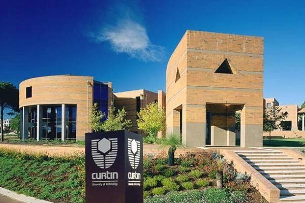 International Diplomatic Scholarships At Curtin University - Australia 2020