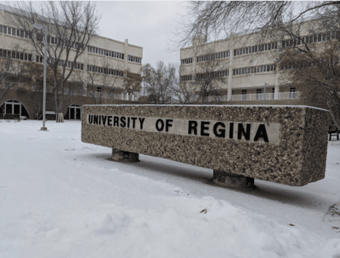 Entrance Funding By UR Circle of Scholars For International Students At University of Regina, Canada - 2020