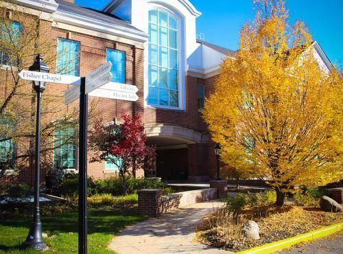 2021 Global Scholarships at Hiram College - USA