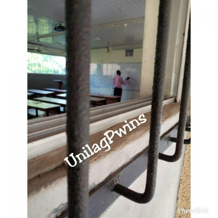 UNILAG Lecturer Seen Teaching an Empty Class