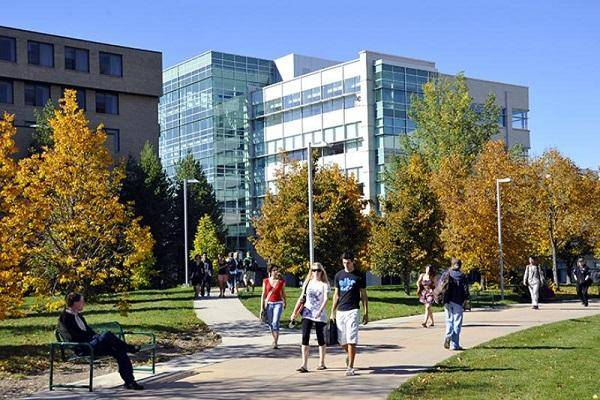 2020 International Entrance Scholarship At University of Regina - Canada
