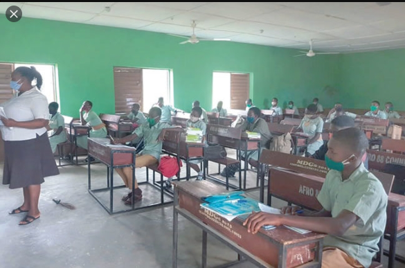 NCCE recommend 5/6 years for the start of primary school education